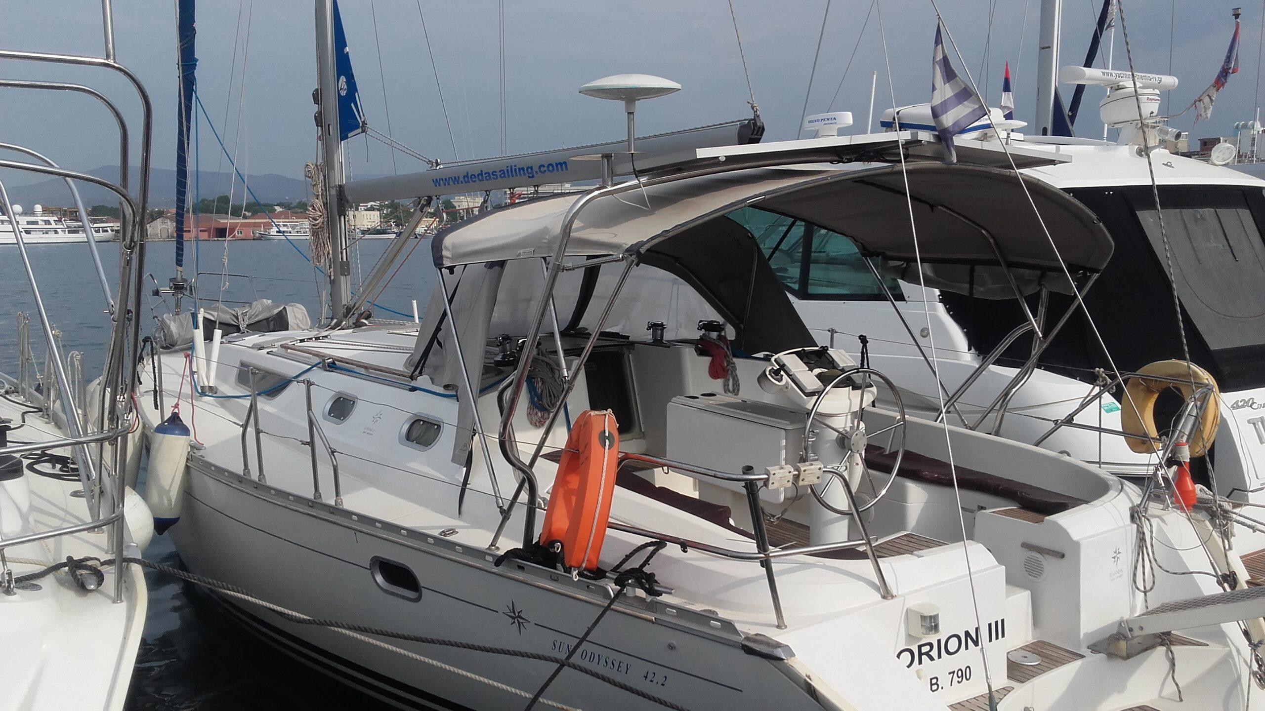 sail boat s9