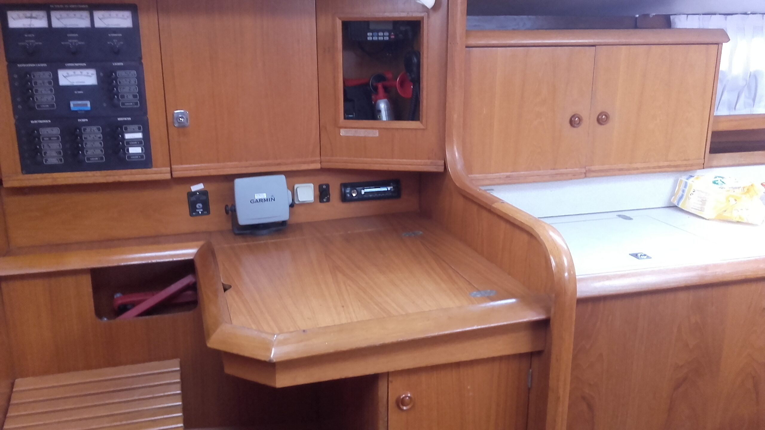 boat 37